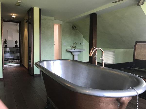 Innenraumgestaltung im Hotel Zauberlehrling in Stuttgart - Maler Peter Lehner